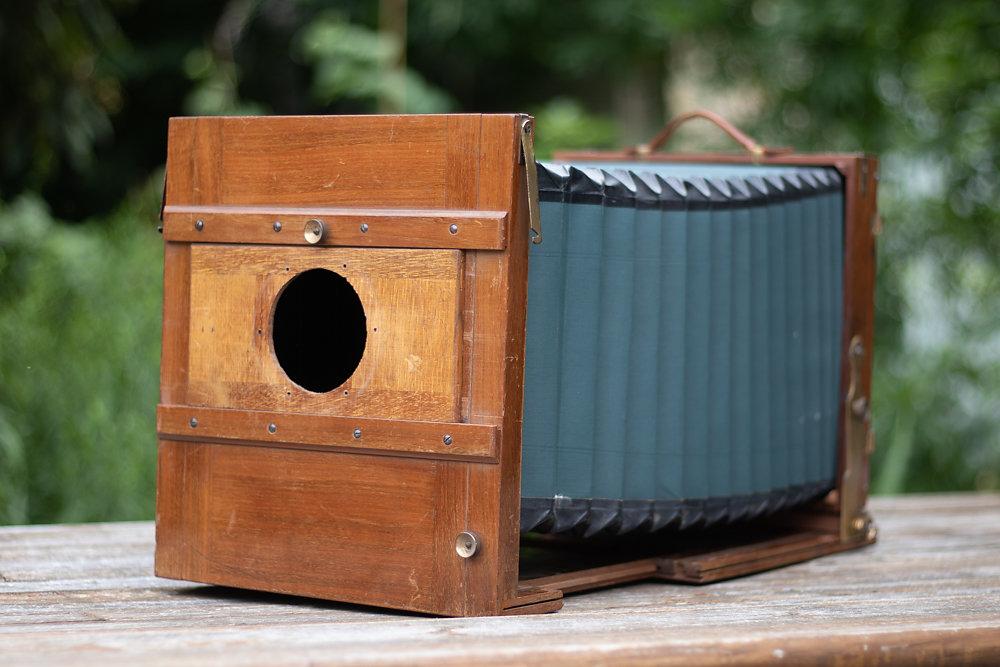 18x24cm wet plate field camera 670 Euro